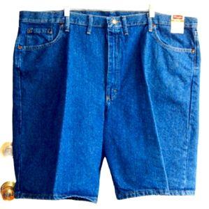 🔖 WRANGLER Relaxed Fit Dark Denim Shorts